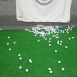 ゴルフスイングでドライバーとアイアンの違いは軌道とタイミング?